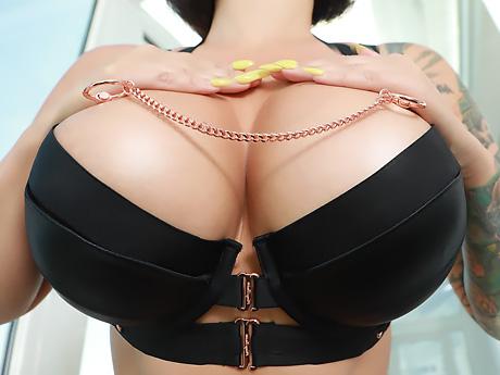 Замечательно, очень хорошая проститутка за час москва этом что-то