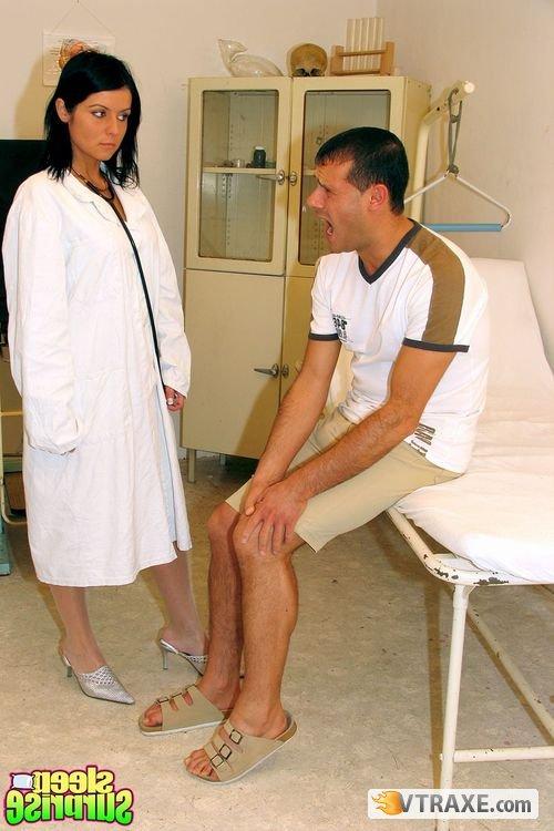 Порно пациент без сознания
