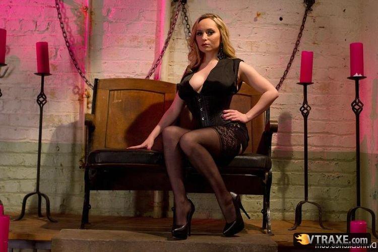 Порно ролик строгая госпожа