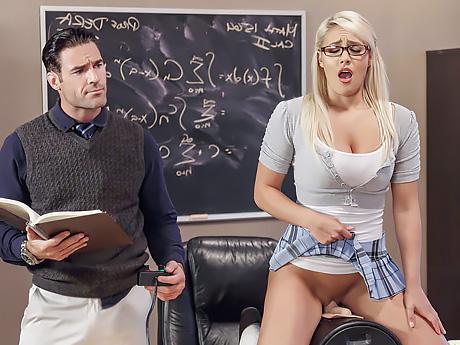 Молодые воспитатели видео эротика, шелковые чулки черная вдова онлайн