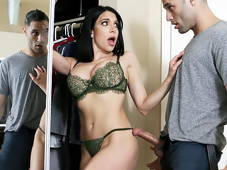 Порно к ней подкрались незаметно смотреть онлайн