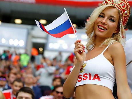 telki-ogromnimi-smotret-krasivuyu-pornuhu-russkuyu-soski-kachestve