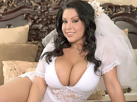 Онлайн полнометражное порно невеста